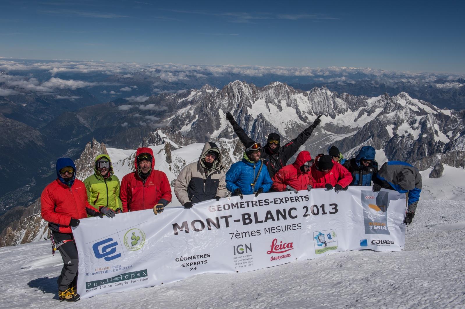 Un rendez-vous  au sommet du mont Blanc ©Copyright 2013 Pascal Tournaire